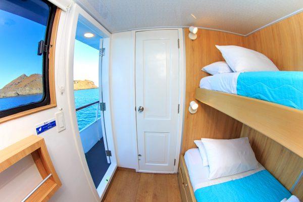 Aqua upperdeck twin cabin2
