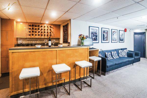 Belle Amie lounge 002