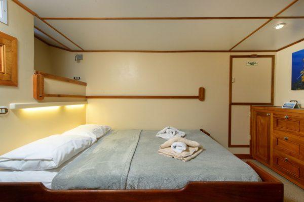Sea Hunter cabin4