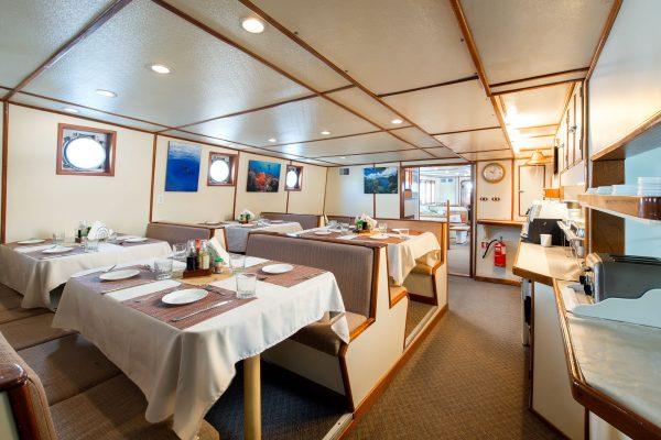 Sea Hunter diningroom