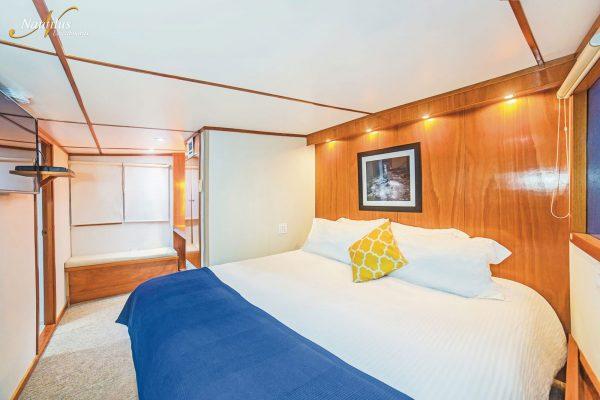 Undersea premium suite