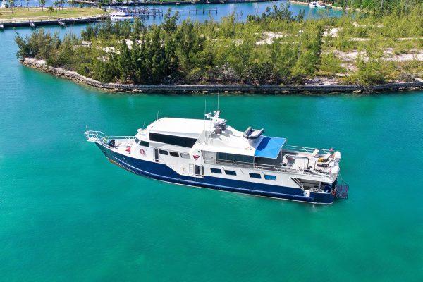 bahamas master top
