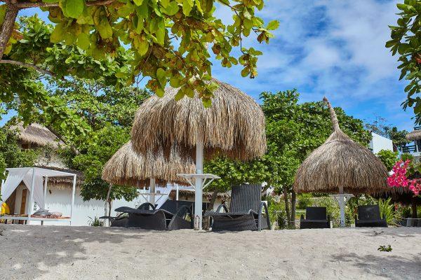 blanco beach chairs