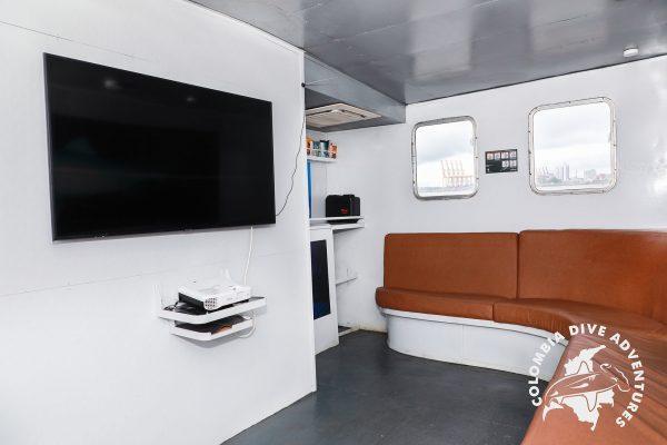 ferox indoor lounge