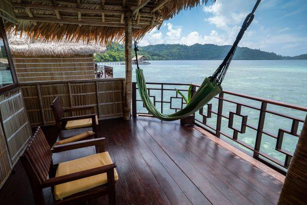 superior balcony